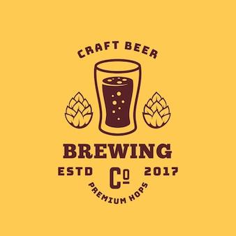 Piwo rzemieślnicze premium chmielu streszczenie symbol retro lub logo