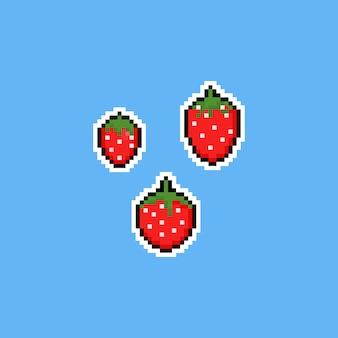 Pixel art cartoon 8bit truskawkowy zestaw ikon.