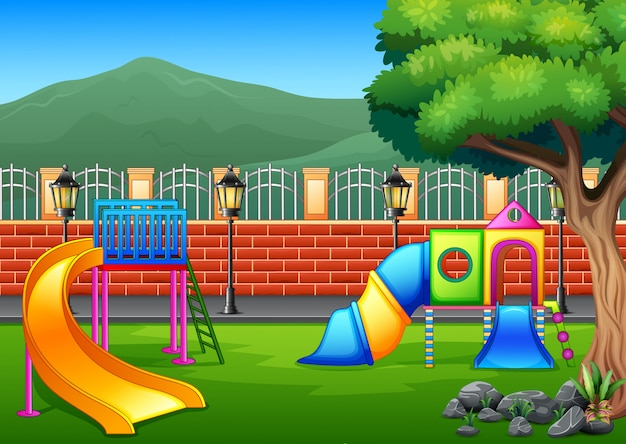 Plac zabaw na środku parku