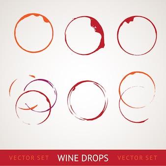 Plama z czerwonego wina.