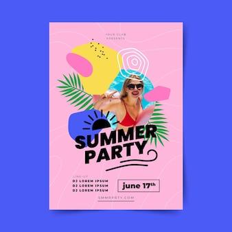 Płaski letni plakat pionowy szablon ze zdjęciem