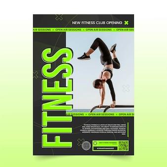 Płaski szablon pionowy plakat zdrowia i fitness ze zdjęciem