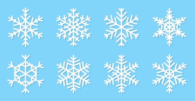 Płaski zestaw płatki śniegu. ikony śniegu inny kształt.