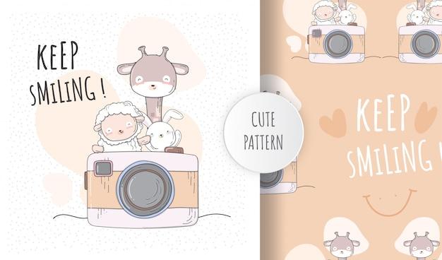 Płaskie wzór słodkie zwierzęta uśmiecha się do kamery