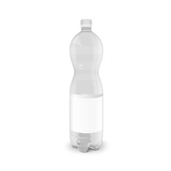 Plastikowa butelka na napoje z pustą etykietą