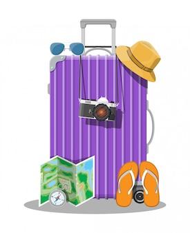 Plastikowa torba podróżna. plastikowa obudowa z kółkami.