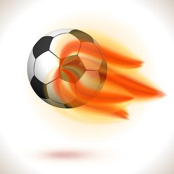 Płonąca piłka nożna na białym tle