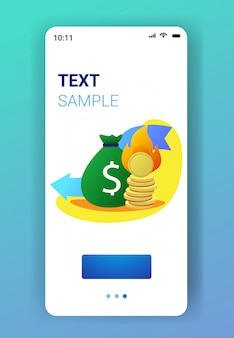 Płonący worek pieniędzy i stos monet z ogniem spada strzałka gospodarcza kryzys finansowy upadłość inwestycyjna niepowodzenie ryzyko koncepcja smartphone ekran aplikacja mobilna pionowe