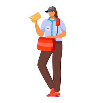 Poczta kobieta pracownik płaski kolor ilustracja. kobieta rozprowadza paczki. dostawa usług pocztowych. kobieta w mundurze pocztowym iz torbą na białym tle postać z kreskówki na białym tle