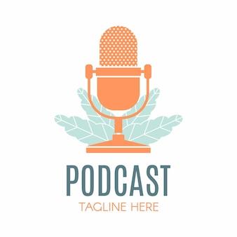 Podcast liść natura ekologia projekt logo wektor podcast talk show logo z mikrofonem i liśćmi