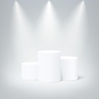 Podium zwycięzców w białej rundzie