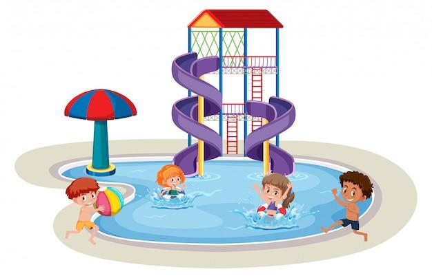 Pojedyncze dzieci w parku wodnym