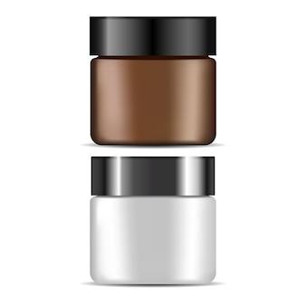 Pojemnik na krem kosmetyczny, brązowy, biały plastikowy pojemnik na butelkę. pojemnik na balsam kosmetyczny, szablon opakowania do pielęgnacji skóry twarzy. puste szkło kremowe na białym tle. puder do makijażu