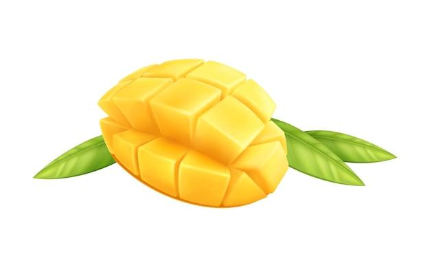 Pokrojone owoce mango z zielonymi liśćmi na białym realistycznym