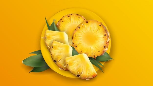 Pokrojony soczysty ananas na żółtym talerzu.