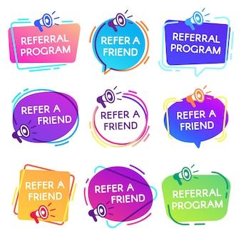 Poleć odznaki przyjaciela. odznaka programu polecającego, naklejka marketingowa sprzedawcy megafon i zestaw etykiet zakupów znajomych
