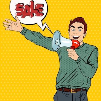 Pop art man z megafonem promujący wielką wyprzedaż.
