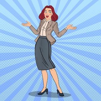 Pop art podekscytowany szczęśliwy biznes kobieta.