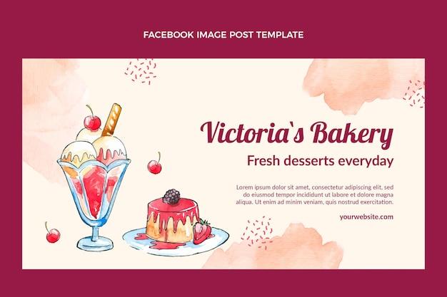 Post na facebooku z akwarelą deserową