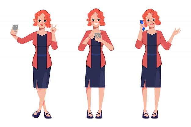 Postać bizneswomanu poza ustawia z telefonem komórkowym.
