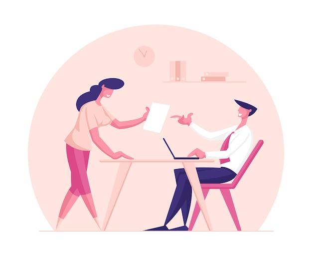 Postać kreatywnej bizneswoman podziel się dobrym pomysłem z szefem biznesmena