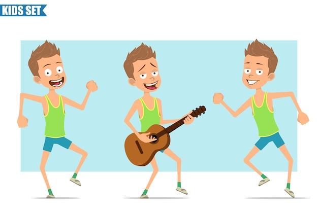 Postać z kreskówki płaski zabawny sport chłopiec w zielonej koszuli i spodenkach. dzieciak skacze, tańczy i gra na gitarze.