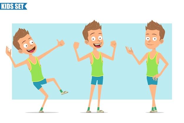 Postać z kreskówki płaski zabawny sport chłopiec w zielonej koszuli i spodenkach. dziecko pozowanie, pokazując mięśnie i kciuki gest.