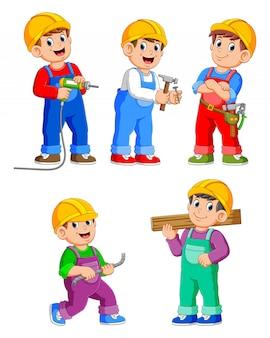 Postać z kreskówki robotnik budowlany ludzi