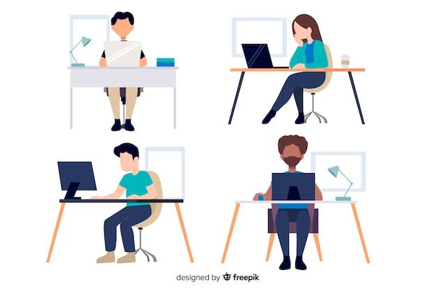 Postaci pracowników biurowych siedzi przy biurku płaska konstrukcja