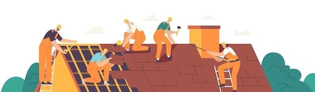 Postacie pracowników budowy dachów prowadzą prace dekarskie, naprawiają dom, budują konstrukcję, naprawiają dom z dachówkami na dachu za pomocą sprzętu roboczego, dekarze z narzędziami roboczymi. ilustracja wektorowa kreskówka ludzie