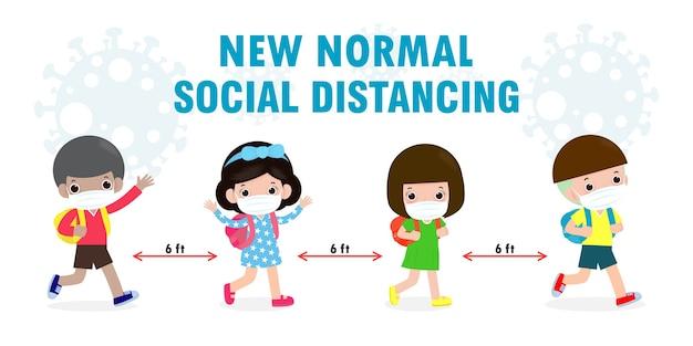 Powrót do szkoły dla nowej koncepcji normalnego stylu życia. szczęśliwe dzieci noszące maskę i dystans społeczny chronią koronawirusa covid 19, grupa dzieci i przyjaciół chodzą do szkoły na białym tle