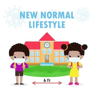 Powrót do szkoły na nową koncepcję normalnego stylu życia, dystans społeczny, czarne dzieci noszące chirurgiczną ochronną maskę medyczną zapobiegającą koronawirusowi lub covidowi 19 na białym tle na białym tle wektor