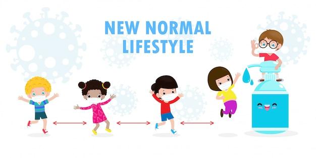 Powrót do szkoły na nową koncepcję normalnego stylu życia. szczęśliwi studenci słodkie dzieci noszące maskę i żel alkoholowy lub żel do mycia rąk i dystans społeczny chronią koronawirusa lub covid-19 zdrowe tło