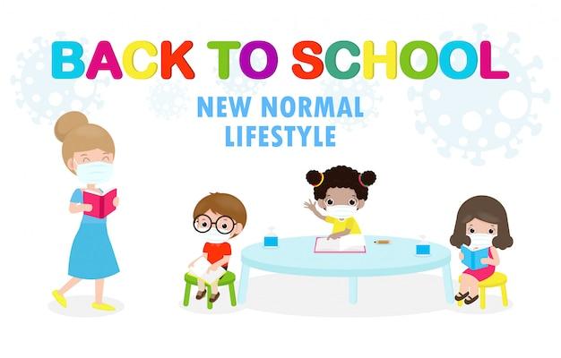 Powrót do szkoły na nową koncepcję normalnego stylu życia. szczęśliwi uczniowie dzieci i nauczyciel noszący maskę chronią koronawirusa lub dystans społeczny covid-19 siedząc na biurku w klasie na białym tle