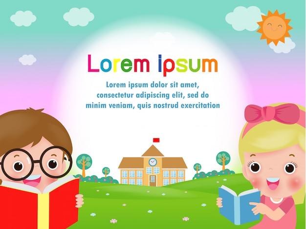 Powrót do szkoły, szczęśliwe dzieci, czytanie książek, uczenie się, koncepcja edukacji