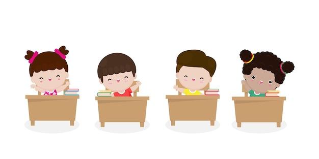 Powrót do szkoły uczniowie szkoły podstawowej siedzą przy biurku