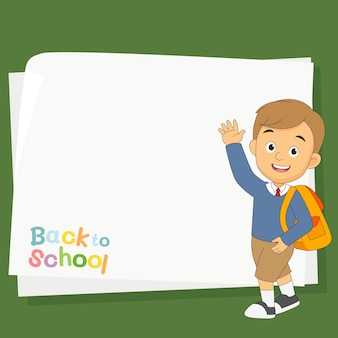 Powrót do szkoły z chłopcem i pustym prześcieradłem