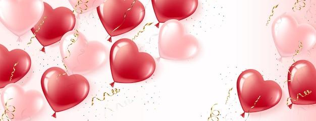 Poziomy baner różowe i czerwone balony w kształcie serca na białym tle. złote balony i konfetti