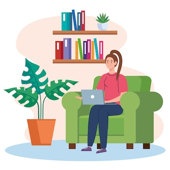 Praca w domu, freelancerka z laptopem na kanapie, praca w domu w spokojnym tempie, wygodne miejsce pracy