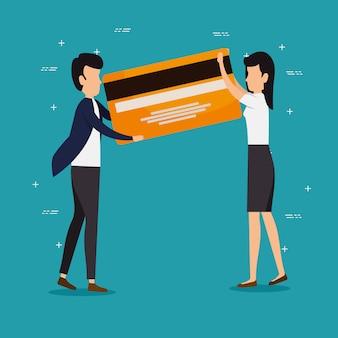 Praca zespołowa mężczyzna i kobieta z karty kredytowej