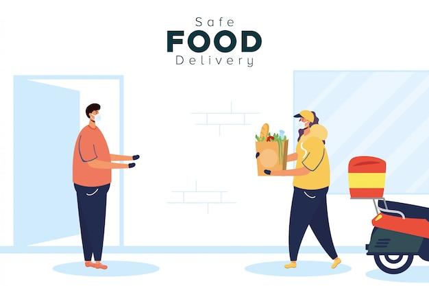 Pracownica bezpiecznego dostarczania żywności z torbą na zakupy spożywcze i klientem w motocyklu