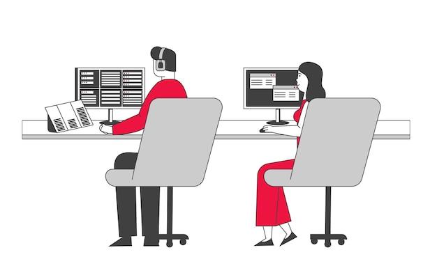 Pracownicy lotniska noszący zestaw słuchawkowy siedzący w specjalnym miejscu