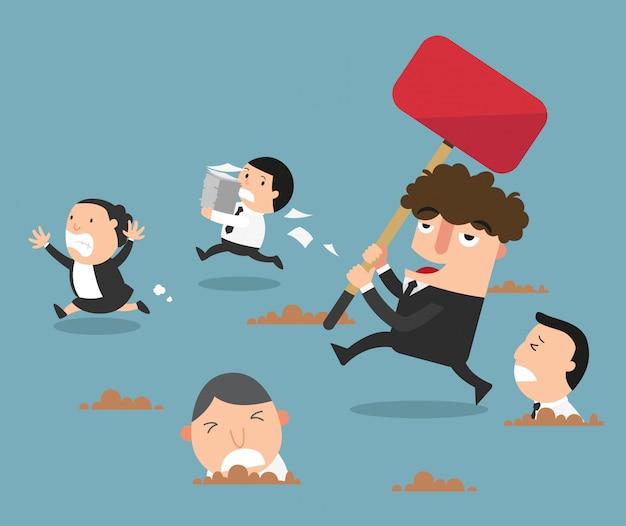 Pracownicy uciekają przed złym szefem. ilustracja