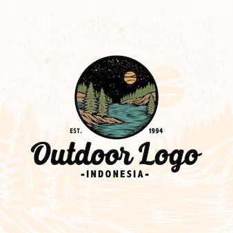Premium vintage logo mono line tropikalna letnia przygoda na zewnątrz rzeki natury