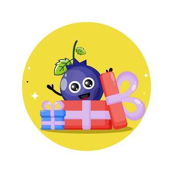 Prezent jagodowy słodka maskotka postaci