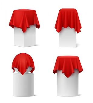 Prezentacja czerwony jedwabny szmatką realistyczny zestaw na białym tle