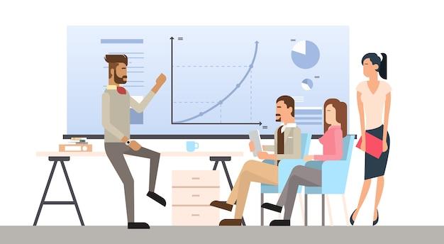 Prezentacja grupy biznesowej flip chart finanse