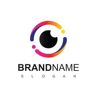 Projekt logo oka dla symbolu firmy optycznej i fotograficznej