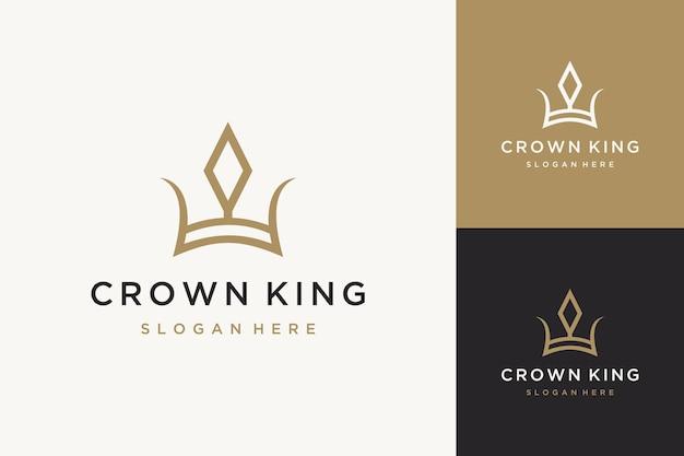 Projekt logo unikalny król korony w stylu vintage