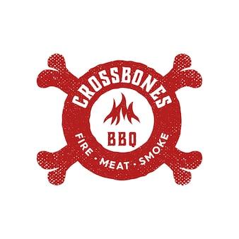 Projekt logo w stylu vintage dla restauracji bbq crossbones food szablon logo premium